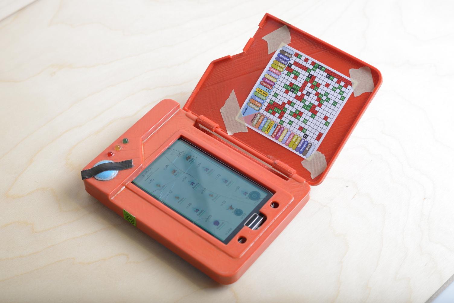 Convierte tu smartphone en un Pokédex y no te quedarás sin batería jugando Pokémon Go