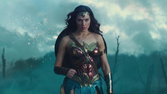 Warner no deja nada a la imaginación y libera un nuevo tráiler de la Mujer Maravilla